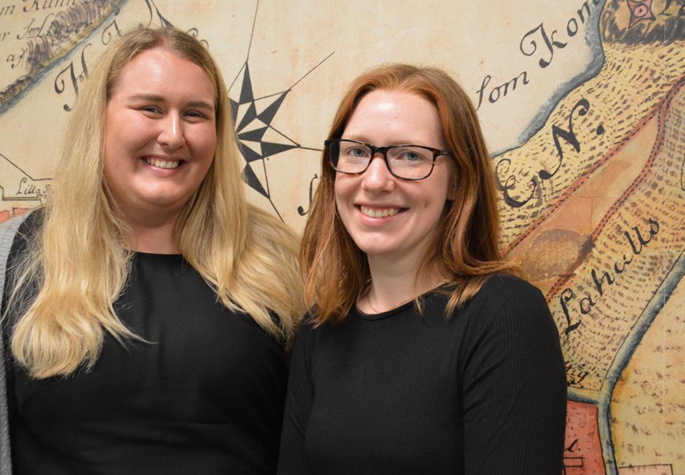 Julia Carmesund och Ellen Walleij på Lantmäteriet.