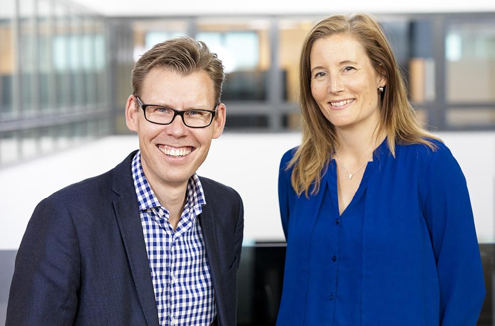 Erik Westman och Katarina Giertta arbetar båda i divisionen Digital Solutions hos ÅF. Foto: Gonzalo Irigoyen