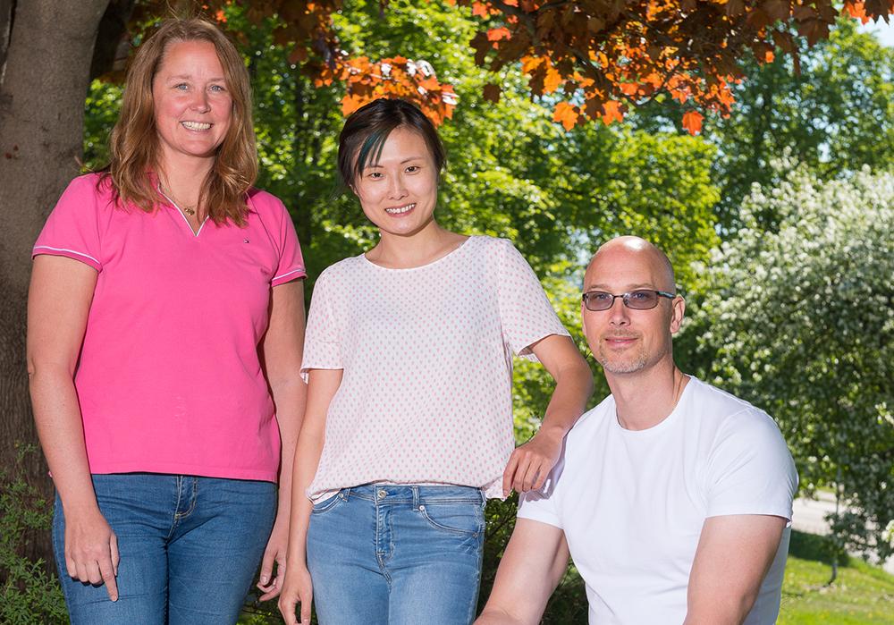 Malin Holmkvist, Mo Tian och Daniel Jonsson. Foto: Pär Olert