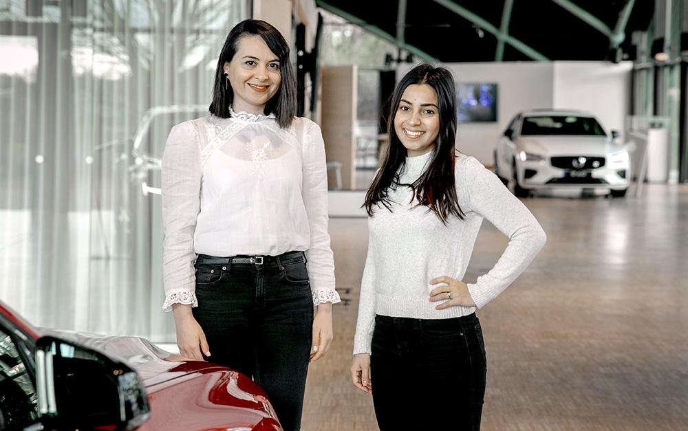 Çağla Korkmaz Gumus och Dorna Garagol på Volvo Cars. Foto: Per Wahlberg
