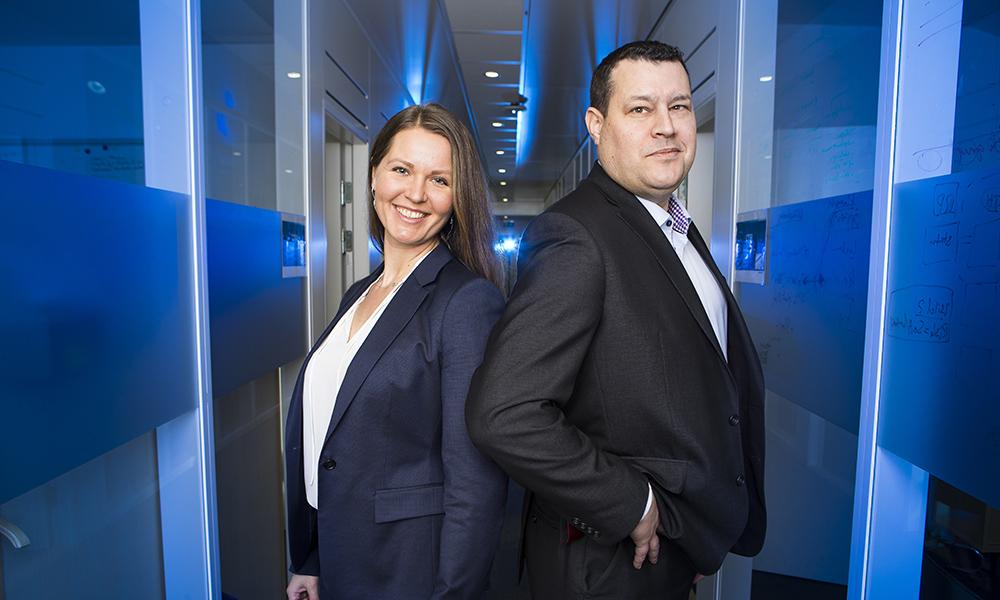 Evelita Zakaityte, ställföreträdande chef för Automation and Processes och Björn Fagerstedt, avdelningschef för Cloud and Innovation. Foto: Johan Marklund